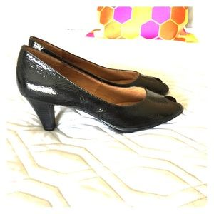 Sofft peep toe kitten heels (New W/out Box) 8M